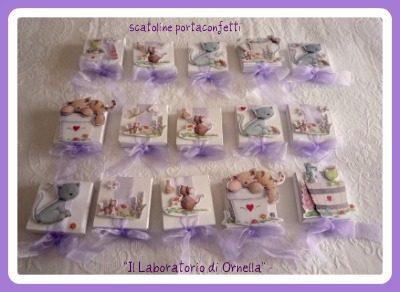 Partecipazioni e scatoline portaconfetti Comunione di Ilaria